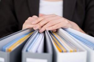 Documenti contabili: la mancata esibizione in sede di accertamento non comporta sempre la loro inutilizzabilità in sede processuale – Cassazione sentenza n. 22743 del 2016