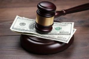 Piano di risanamento ed incarico al professionista senza delibera: diritto al compenso – Cassazione sentenza n. 13867 del 2017
