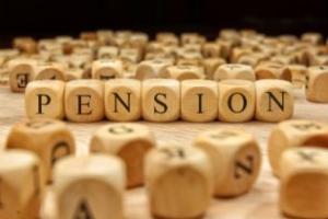Non compete l'indennità di preavviso nell'ipotesi di risoluzione del rapporto di lavoro per raggiungimento dell'età pensionabile – Cassazione ordinanza n. 20499 del 2017