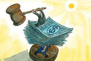 Costituiscono distrazione le somme utilizzate per il pagamento dei dipendenti soci configurando la bancarotta fraudolente – Cassazione sentenza n. 40480 del 2017