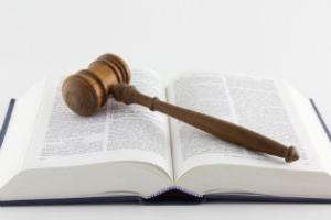 Reato di dichiarazione fraudolente, nessuna variazione alla luce del decreto semplificazione – Cassazione sentenza n. 39541 del 2017