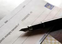 Banca sempre responsabile della riconducibilità all'azienda della persona che firma l'assegno - Cassazione sentenza n. 17269 del 2013