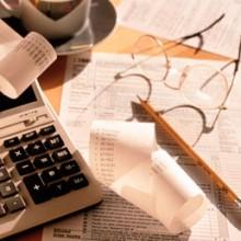 Accertamento induttivo anche in presenza di contabilità regolare - Cassazione sentenza n. 24902 del 2013