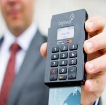 Obbligo del pos per carte di debito e verifica rafforzata per chi versa banconote da 200 e 500 euro