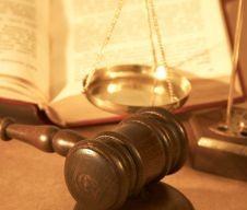 Rimborsi IVA solo per investimenti iniziali - Esclusione del carattere di elusione - Cassazione sentenza n. 27352 del 6 dicembre 2013