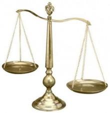 Accertamento induttivo anche in presenza di regolare contabilità se vi è gestione antieconomica - Cassazione sentenza n. 27912 del 2013