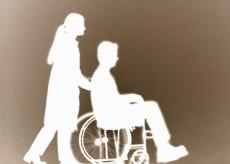 Licenziamento lavoratore disabile legittimo se non può essere diversamente impiegato - Cassazione sentenza n. 28426 del 2013